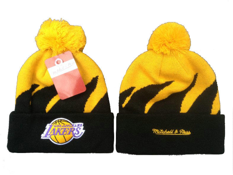 NBA Los Angeles Lakers Mitchell & Ness Shark Tooth Beanie XDF