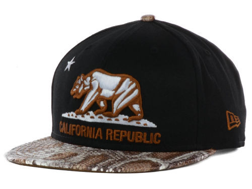 Califomia Republic Black Snapback Hat GF