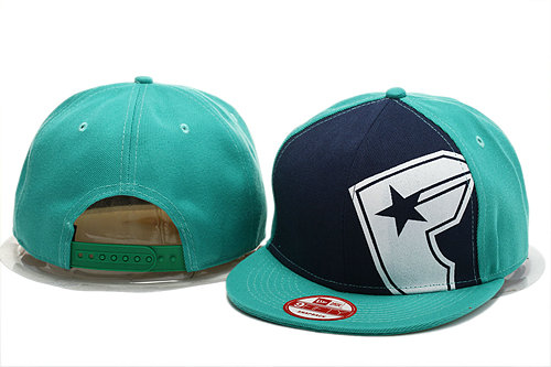 FAMOUS Green Snapback Hat YS 0721