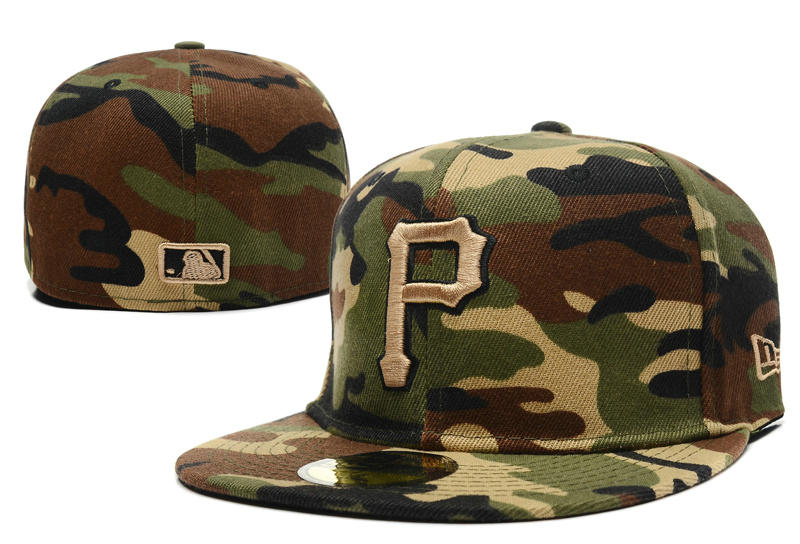 Pittsburgh Pirates Camo Fitted Hat LX 0721