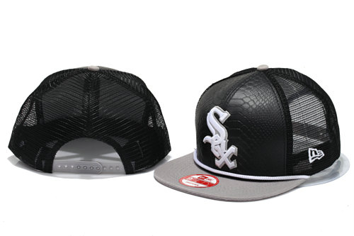 Chicago White Sox Mesh Snapback Hat YS