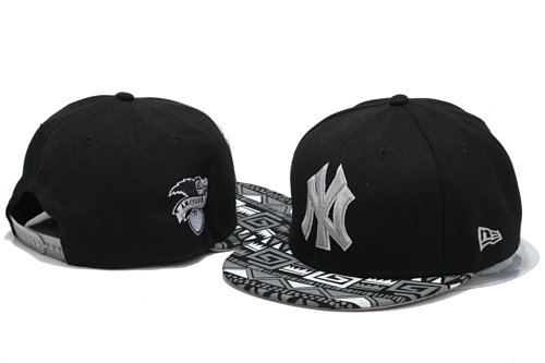 New York Yankees Black Snapback Hat YS 4