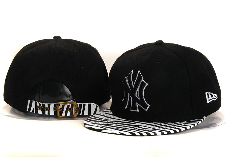 New York Yankees Black Snapback Hat YS