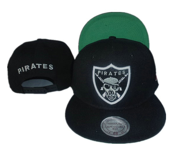 Pirates Black Snapback Hat GF