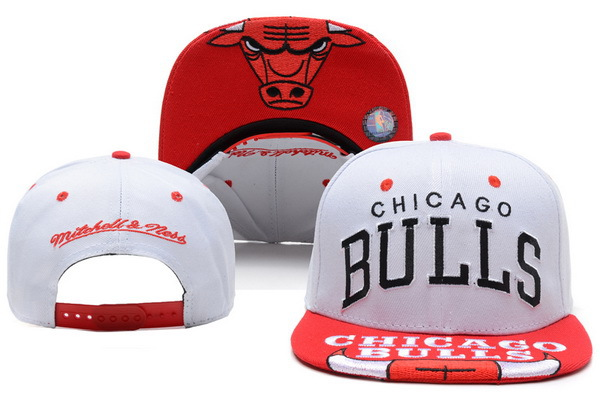 Chicago Bulls White Snapback Hat XDF