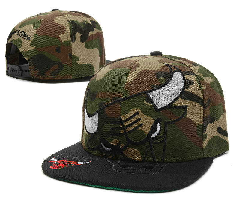 Chicago Bulls Camo Snapback Hat SD