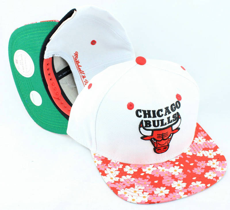 Chicago Bulls White Snapback Hat JT 0613