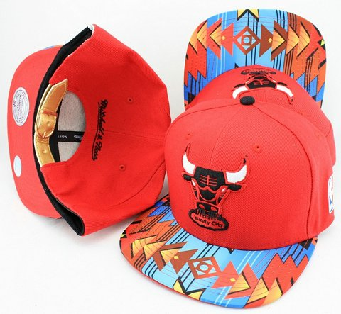 Chicago Bulls Navajo Retro Bill Gold Leather Strap Back Hat JT17