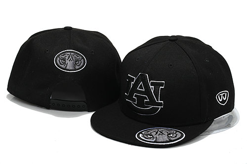 NCAA Black Snapback Hat YS 2