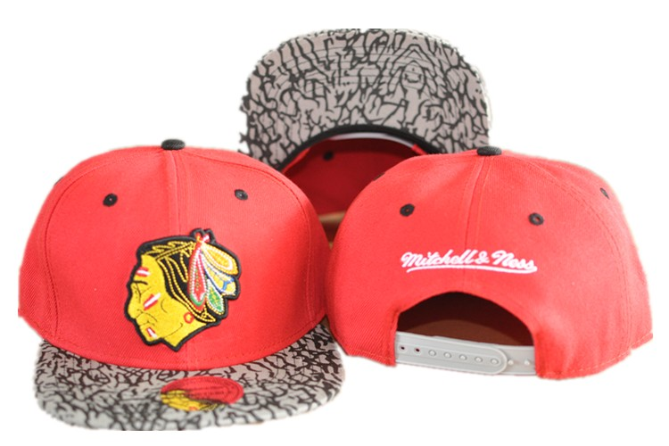 Chicago Blackhawks Hat 60D 150229 01