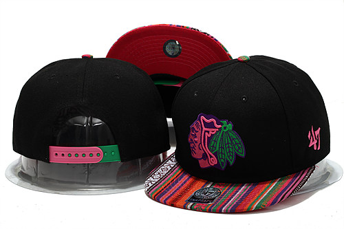 Chicago Blackhawks Black Snapback Hat YS 0613